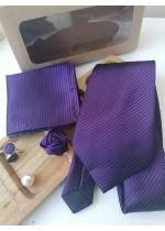 Елегантен комплект за младоженец - вратовръзка, бутониера, ръкавели и кърпичка в тъмно лилаво