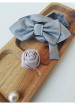 Готова папийонка за младоженец в сиво на коригираща се лента и бутониера