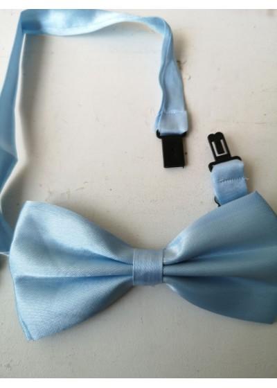 Мъжка папионка за сватба в светло синьо