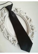 Готова детска вратовръзка на ластик- черно