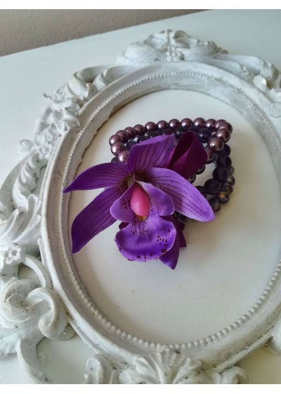 Сватбена гривна - корсаж с орхидеи и Swarovski кристали за Кума и шаферка Purple Passion