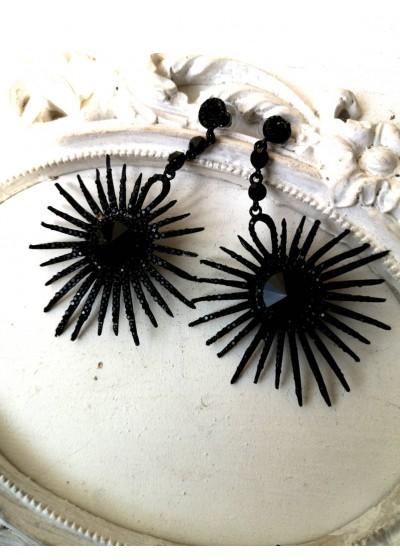 Елегантни кристални обици в черно Black Elegance