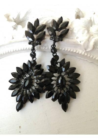 Стилни кристални обици в черно Black Flower