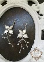 Нежни булчински обици с кристали - White Orchid