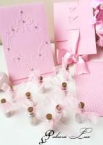 Сувенир за гости на абитуриентски бал шишенце с розов кварц- над 20 бр