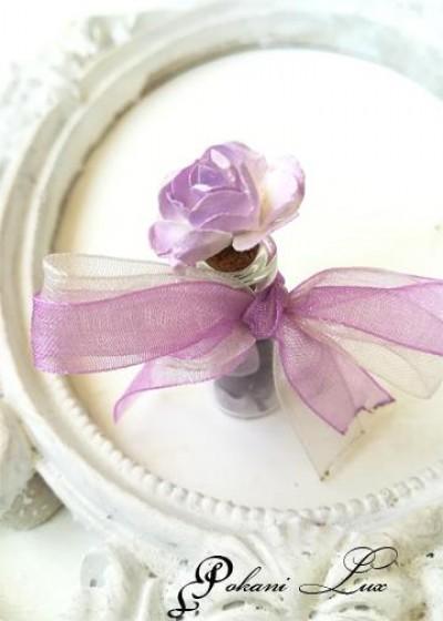 Подаръче за гости на абитуриентски бал сватба и кръщене аметист с роза дуо над 20 бр