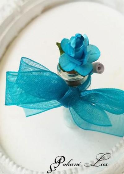 Сувенир за гостите на сватба кръщене и абитуриентски бал цвят тюркоаз Дуо роза над 20 бр