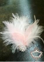 Булчинска украса за коса с пера в розово и бяло Pink-White Bird