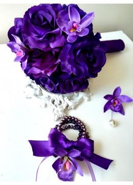 Луксозен сватбен Букет в тъмно лилаво с рози и орхидеи Purple Passion