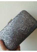 Луксозна дамска чантичка цвят тъмно сиво брокат