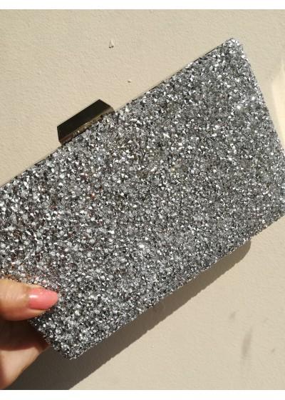 Луксозна булчинска чанта цвят сребро с кристали