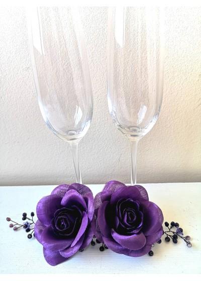 Сватбени чаши за шампанско в тъмно лилаво модел Amethyst Rose by Rosie Concept